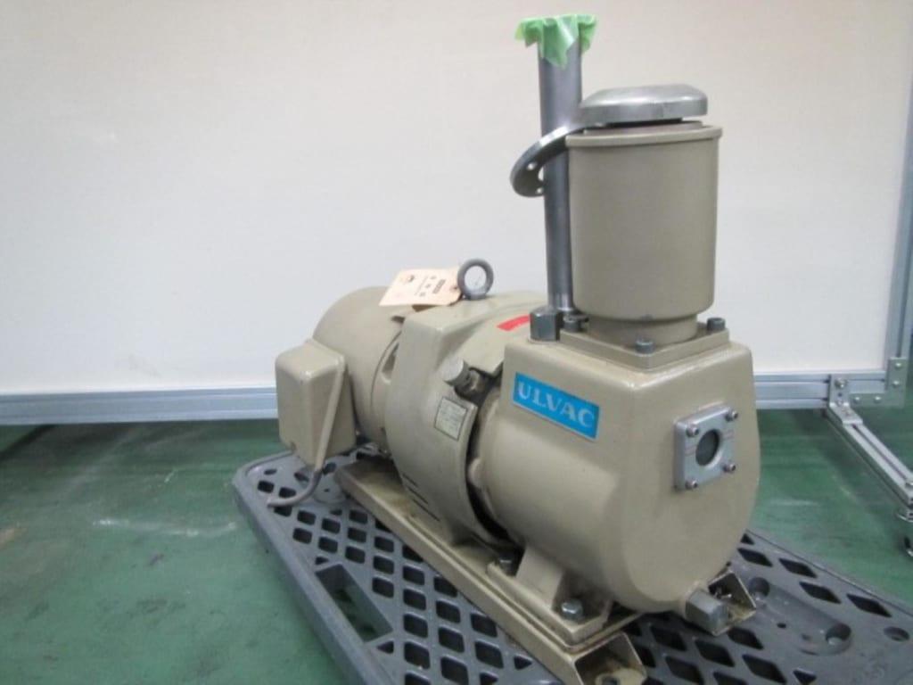 Bơm hút chân không vòng dầu Ulvac cũ D-330DK